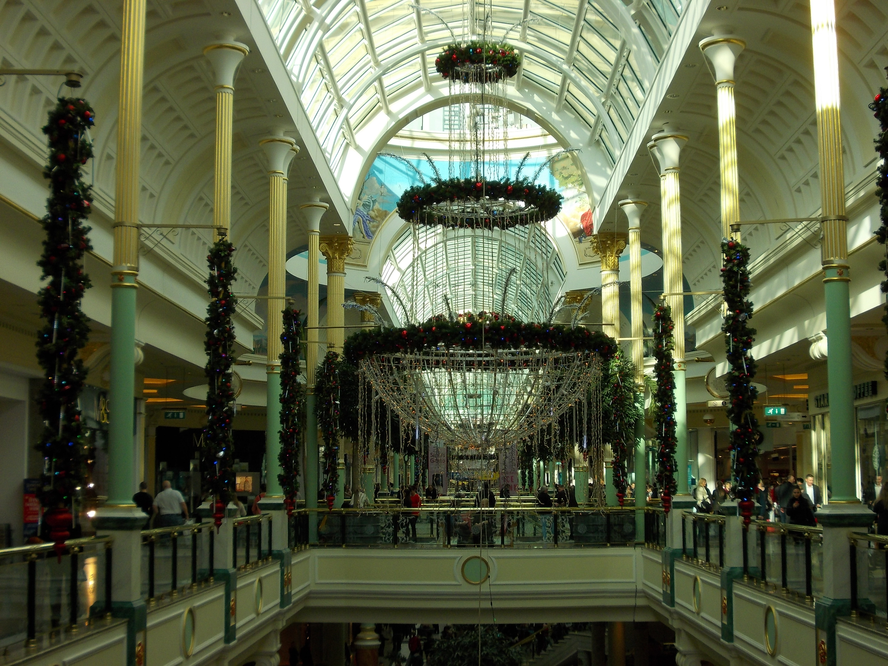 Cake Decorating Trafford Centre : Trafford Centre @ Christmas 2?. GHOSTLY TOM S TRAVEL BLOG?..